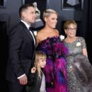 60th Annual GRAMMY Awards - Arrivals - 400 x 600