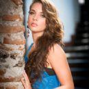 Kendra Santacruz - 454 x 681