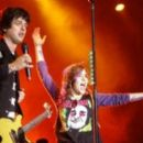 Green Day Concert Performance - 454 x 261