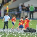 Spanish heroes celebrate with kids: 'Our daddies are the champions'
