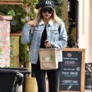 Naya Rivera – Goes to Kreation Kafe in Los Angeles - 454 x 668