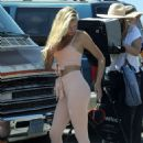 Josie Canseco – Photoshoot candids at Venice Beach - 454 x 681