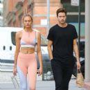 Romee Strijd with her husband Laurens van Leeuwen – Leaves the gym in NY - 454 x 681