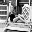 Joanne Woodward - 454 x 363
