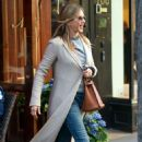 Jennifer Aniston – Leaves Nello Restaurant in New York - 454 x 714