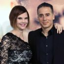Kiersten Warren and Kirk Acevedo - 454 x 567