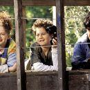Zena Grey, Alex D. Linz and Josh Peck in Disney's Max Keeble's Big Move - 2001