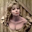 Ingrid Pitt - 454 x 568