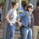 Mandy Moore and husband Ryan Adams shopping at Barnes and Noble in West Hollywood, CA (August 4) - 454 x 682