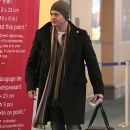Actor Jensen Ackles seems in a rush after landing at Vancouver International Airport (YVR).