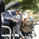 Jessica Alba– Grocery Shopping in Malibu, July 2016 - 454 x 506