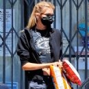 Stella Maxwell – Running errands before retuning home in Los Angeles