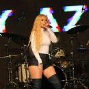 Iggy Azalea – Performs at Best Buddies Gala in Miami - 454 x 681