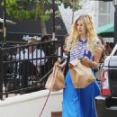 Mischa Barton-At Urth Cafe In West Hollywood-2010-10-29