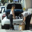 Mena Suvari – Spotted outside the UPS Store in West Hollywood - 454 x 302