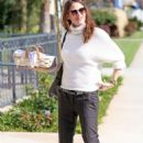 Jennifer Garner – heads to church in Pacific Palisades