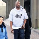 Lamar Odom is spotted out filming a new reality tv show in Beverly Hills, California on January 9, 2017 - 383 x 600