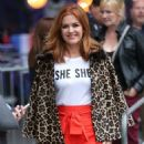 Isla Fisher at BBC Broadcasting House in London - 454 x 561