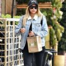 Naya Rivera – Goes to Kreation Kafe in Los Angeles - 454 x 706