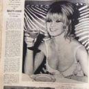 Brigitte Bardot - La revue du Liban Magazine Pictorial [Lebanon] (1 January 1966) - 454 x 641