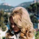 Pamela Anderson - Vogue Magazine Pictorial [Czech Republic] (June 2019) - 454 x 568