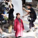 Alicia Vikander – Filming 'The Earthquake Bird' in Tokyo - 454 x 299