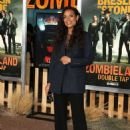 Rosario Dawson – 'Zombieland: Double Tap' Premiere in Westwood - 454 x 645