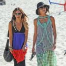 Sharni Vinson: spends the afternoon viewing the Sculptures By The Sea installment at Tamaram beach