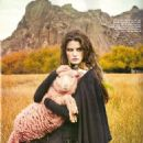 Isabeli Fontana - Vogue Magazine [Brazil] (June 2009)