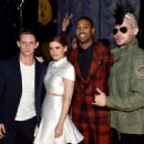 Jamie Bell, Kate Mara, Michael B. Jordan and Zac Efron - 2015 MTV Movie Awards - Backstage - 454 x 332