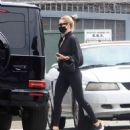 Rosie Huntington-Whiteley – Seen leaving a gym in West Hollywood - 454 x 533