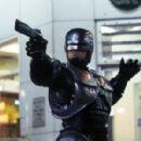 RoboCop - 454 x 298