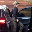 Rosie Huntington Whiteley – Arriving home in Beverly Hills - 454 x 681