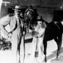 Gary Cooper and Clara Bow with prominent sire and racing Arabian, Antez - 454 x 399