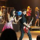 Selena Gomez Orange County Fair PIX