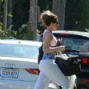 Kate Beckinsale – Going to the skin care salon in Los Angeles
