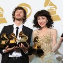 Grammys 2013: Singer Wins Best Alternative Music Album, Best Pop Duo/Group Performance - 454 x 325