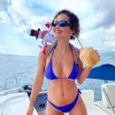 Rita Ora – Social Media