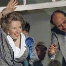 Margaret Thatcher - 454 x 255