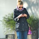 Kristen Bell out and about in Melrose Place, January 4, 2011