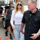 Khloe Kardashian – Filming 'KUWTK' at Casa Vega in LA