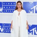 Holland Roden attends the 2016 MTV Video Music Awards at Madison Square Garden on August 28, 2016 in New York City - 399 x 600