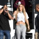 Jennifer Lopez – Arrives to shoot a video with DJ Khaled in Miami - 454 x 693