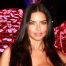 Adriana Lima Sharing Valentines Day Picks At Victorias Secret In Las Vegas