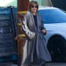 Lisa Rinna – Out for Brakfast in Studio City