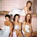 Julianne Phillips as Frankie Reed in Sisters - 454 x 592