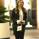 Mischa Barton – On the ste of 'Hills' at the Bottlefish in Brentwood - 454 x 681