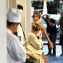 Hailey Baldwin – Arrives at a dermatologist office with Justin in Beverly Hills