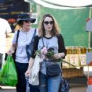 Rachel McAdams – Shopping at Farmers Market in Los Angeles - 454 x 716