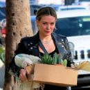 Hilary Duff – Shops for flowers and succulents in Studio City